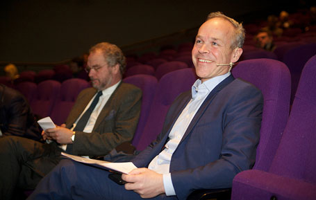 Lars Sponheim og deira fylkesmennene kan få eit sterkare mandat av kommunalminister Jan Tore Sanner.