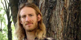 """Forfattar og journalist Alf Kjetil Walgermo har skrive boka """"'Røff guide til Bibelen»."""