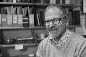 Professor Nils Aarsæther meiner kommunereforma kan gjere periferien meir perifer. Foto: Norges arktiske universitet, UiT.