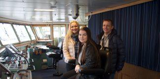 Linda Røyrøy og Jarle Møllerhaug ga Ingeborg ein sjanse som skulle vise seg å bety svært mykje. Dei er einige om at livet på sjøen er godt.
