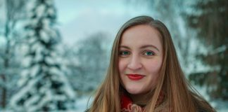 Emily Louisa Millan Eide i parken i Lillehammer Foto: Daniel Bredrup Gjerde