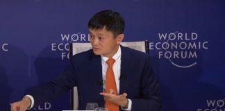 Jack Ma kjem med råd til unge som er redd for at robotar skal ta jobbane deira.