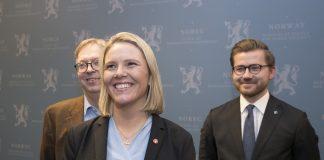 Sylvi Listhaug er ny justisminister (Frp). Her med statssekretærane Thor Kleppen Sættem (H) (t.h,) og Sveinung Rotevatn (V). Rotevatn er i pressa allereie utnemnt til Listhaugs vaktbikkje.
