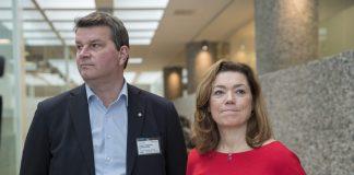 LO-leiar Hans-Christian Gabrielsen og NHOs administrerande direktør Kristin Skogen Lund ved starten av tarifforhandlingane 2018. Forhandlingane braut saman før påske og oppgjeret går no til mekling. Foto: Vidar Ruud / NTB scanpixa