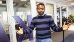 Adebayo Alonge vart sjuk av falsk medisin. Apparatet som han har utvikla for å avsløre uekte medisinar, kan redde hundretusenvis frå same skjebne.