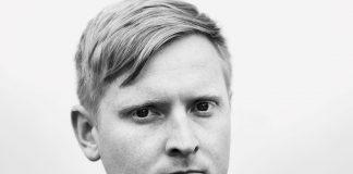 Poeten Erlend O. Nødtvedt er den første som får det nye Olav H. Hauge-stipendet. Foto: Elias Dahlen