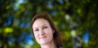 – Eg elskar «Sofies Verden» – og no prøver eg sjølv å gjere filosofi meir tilgjengeleg, seier Agnes Ravatn – klar med boka «Stoisk uro». Foto: Håkon Mosvold Larsen / NTB scanpix / NPK