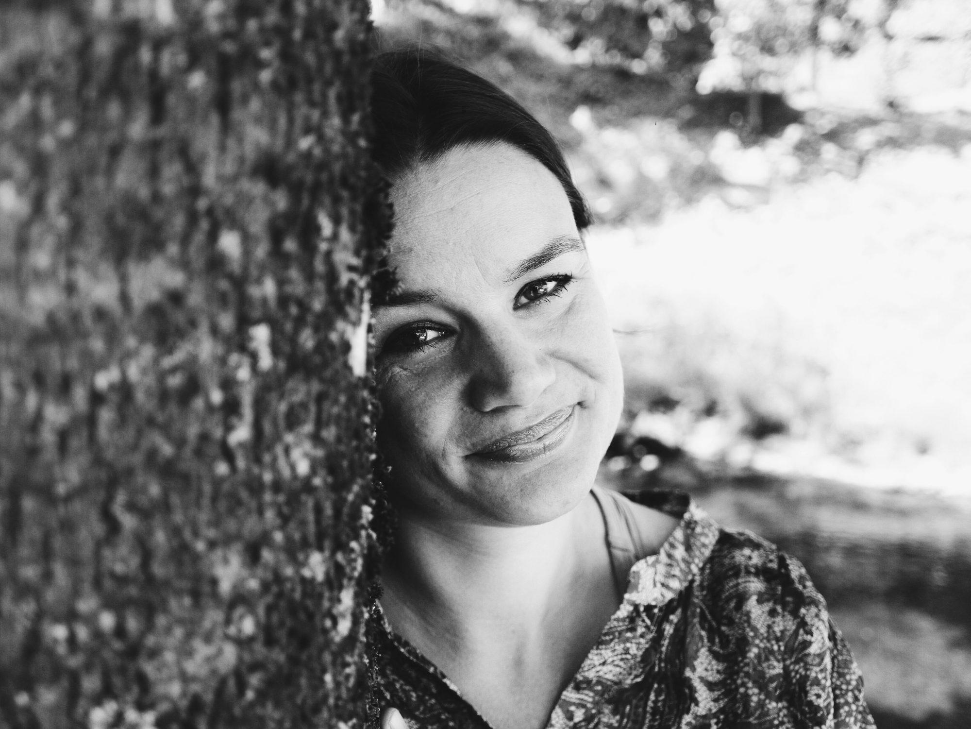 Ruth Lillegraven kan notere seg utanlandssal – og eit veksande opplag – av thrilleren «Alt er mitt». FOTO: Andrea Sæverud/NPK